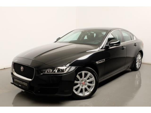 verkauft jaguar xe 20d awd prestige li gebraucht 2017 km in stockach. Black Bedroom Furniture Sets. Home Design Ideas