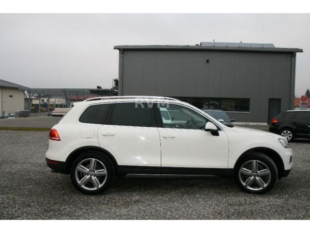 verkauft vw touareg 4 2 tdi v8 mwst au gebraucht 2011 km in aulendorf. Black Bedroom Furniture Sets. Home Design Ideas