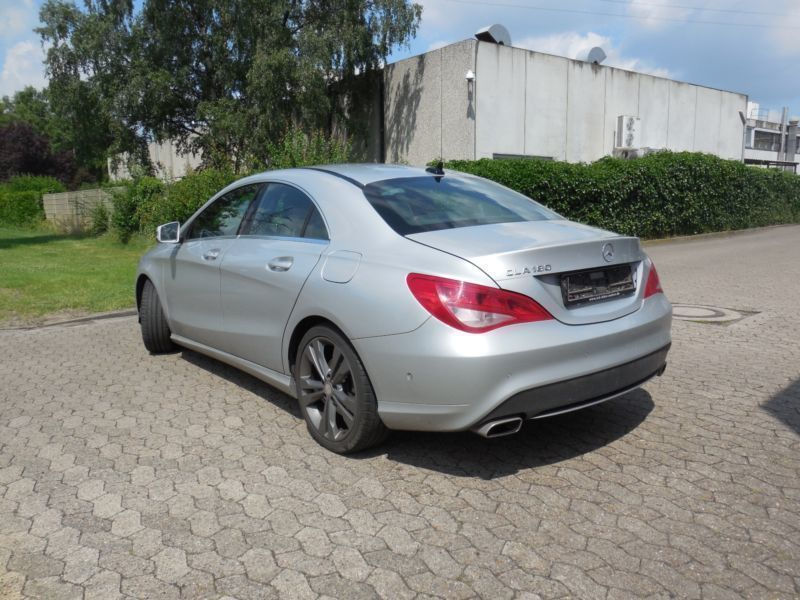verkauft mercedes cla180 cla klasse gebraucht 2014 km in verden. Black Bedroom Furniture Sets. Home Design Ideas