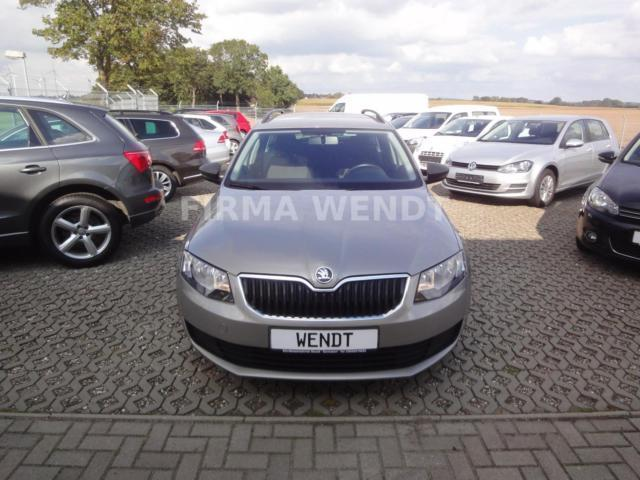 verkauft skoda octavia combi active gebraucht 2013 km in sarmstorf. Black Bedroom Furniture Sets. Home Design Ideas