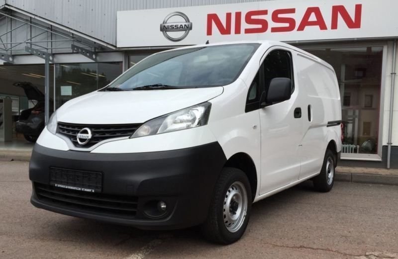 verkauft nissan nv200 evalia 1 5 dci 1 gebraucht 2011. Black Bedroom Furniture Sets. Home Design Ideas