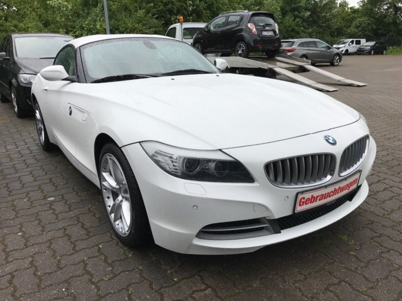 verkauft bmw z4 roadster sdrive 35i gebraucht 2012 km in kiel. Black Bedroom Furniture Sets. Home Design Ideas