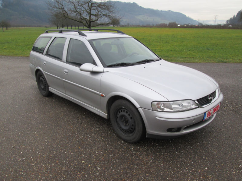 verkauft opel vectra b caravan selecti., gebraucht 2001, 174.655 km