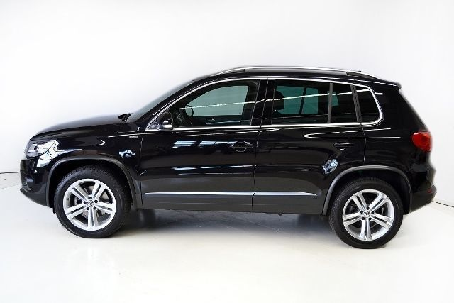 verkauft vw tiguan sport style loung gebraucht 2016 km in vilsbiburg. Black Bedroom Furniture Sets. Home Design Ideas