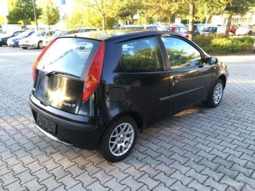 verkauft fiat punto 1 2 sx gebraucht 2002 km in waldkraiburg. Black Bedroom Furniture Sets. Home Design Ideas