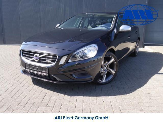 verkauft volvo v60 t3 momentum gebraucht 2012 km. Black Bedroom Furniture Sets. Home Design Ideas