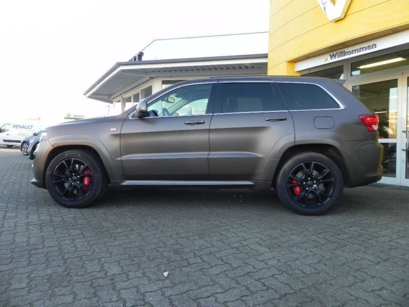 verkauft jeep grand cherokee srt wr gebraucht 2013 km in neutraubling. Black Bedroom Furniture Sets. Home Design Ideas