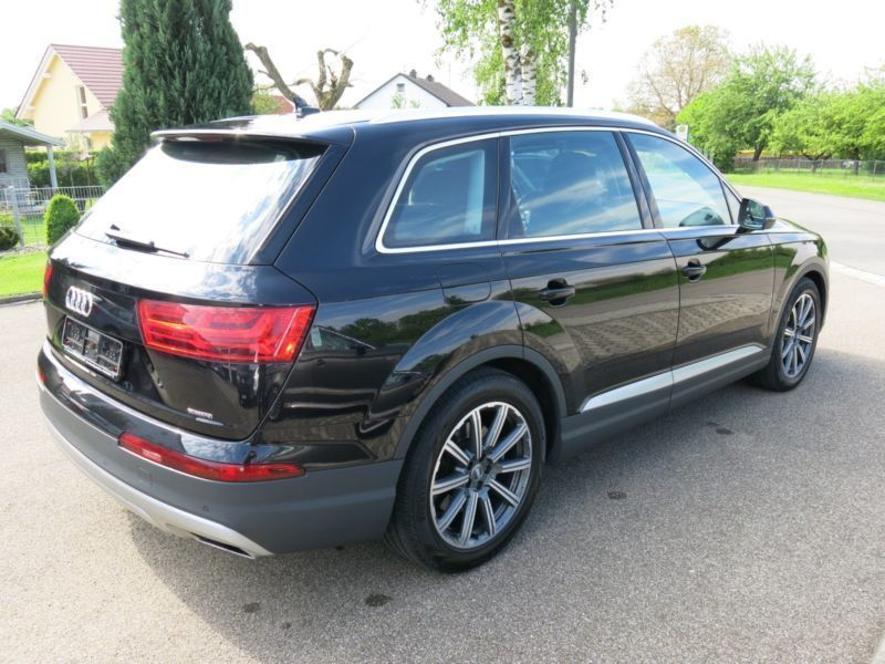 verkauft audi q7 3 0 tdi quattro top gebraucht 2015 km in stammham appertsh. Black Bedroom Furniture Sets. Home Design Ideas