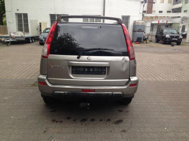 verkauft nissan x trail 2 0 4x4 allrad gebraucht 2002 km in berlin. Black Bedroom Furniture Sets. Home Design Ideas
