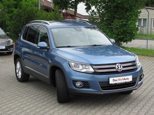 verkauft vw tiguan sport style 2 0 t gebraucht 2013. Black Bedroom Furniture Sets. Home Design Ideas