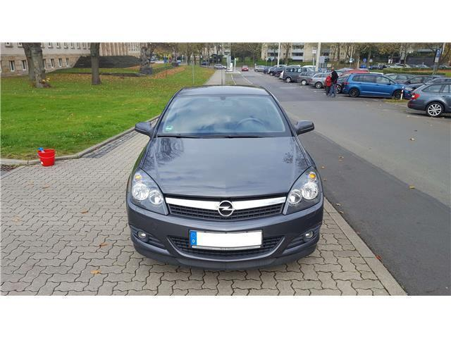 verkauft opel astra gtc 1 4 gebraucht 2009 km in. Black Bedroom Furniture Sets. Home Design Ideas