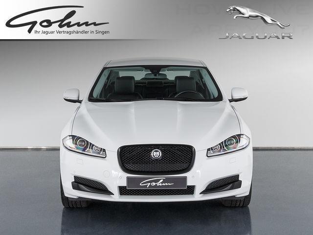 verkauft jaguar xf 2 2 l diesel gebraucht 2014 km. Black Bedroom Furniture Sets. Home Design Ideas