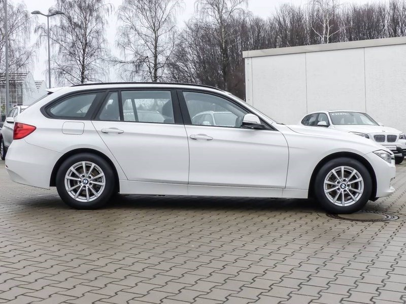 verkauft bmw 318 d touring gebraucht 2015 km in velbert. Black Bedroom Furniture Sets. Home Design Ideas