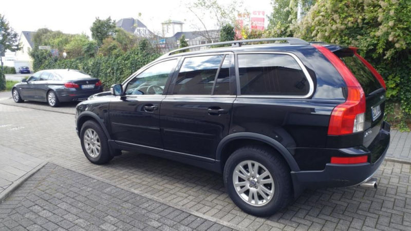 verkauft volvo xc90 d5 momentum gebraucht 2007 km in wermelskirchen. Black Bedroom Furniture Sets. Home Design Ideas