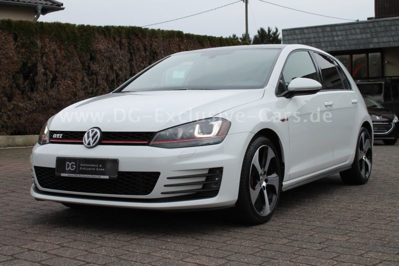 verkauft vw golf vii gti dsg leder xen gebraucht 2014. Black Bedroom Furniture Sets. Home Design Ideas