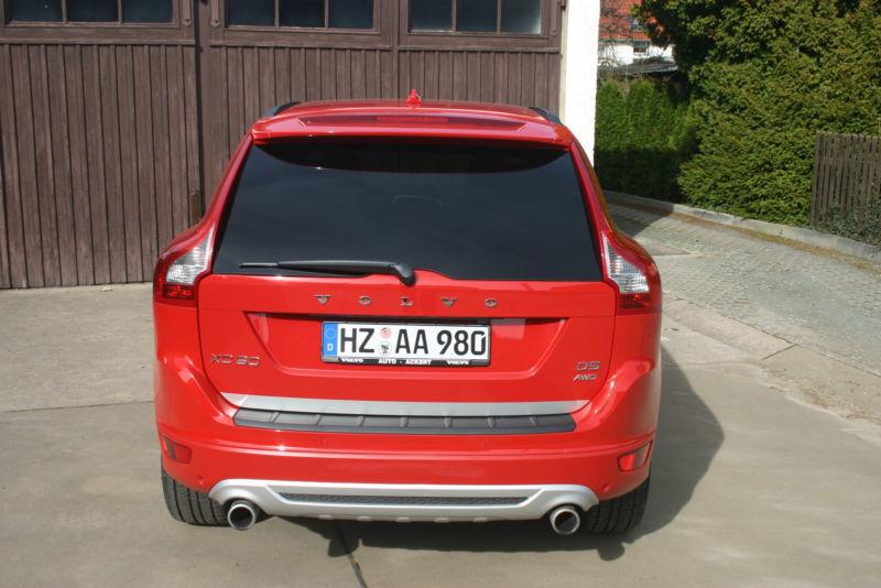 verkauft volvo xc60 d5 awd aut rdesign gebraucht 2010 km in blankenburg. Black Bedroom Furniture Sets. Home Design Ideas