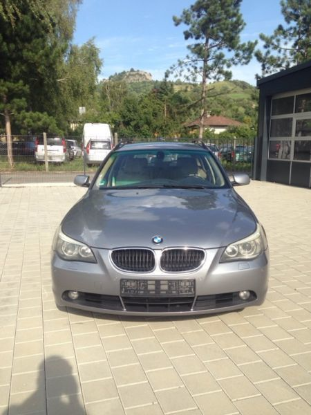 verkauft bmw 530 d touring gebraucht 2004 km in hilzingen. Black Bedroom Furniture Sets. Home Design Ideas