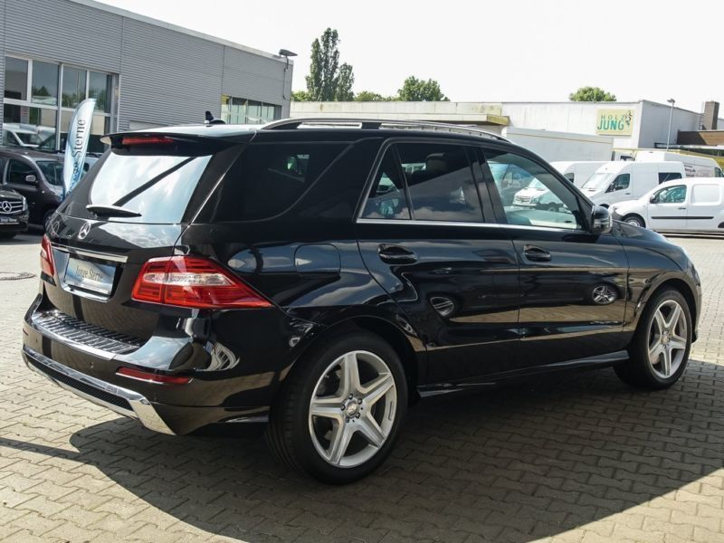 verkauft mercedes ml500 4matic blueeff gebraucht 2013. Black Bedroom Furniture Sets. Home Design Ideas