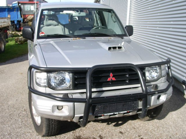 verkauft mitsubishi pajero 2800 td gls gebraucht 1998 km in emertsham. Black Bedroom Furniture Sets. Home Design Ideas