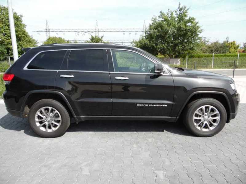 verkauft jeep grand cherokee 3 0i mult gebraucht 2014 km in bayreuth. Black Bedroom Furniture Sets. Home Design Ideas