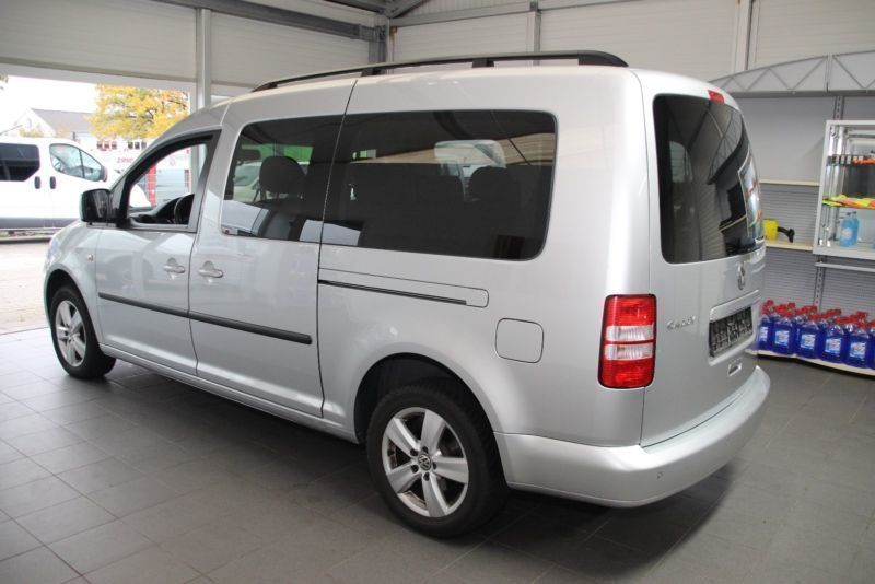 verkauft vw caddy maxi 1 6 tdi dsg com gebraucht 2012 km in zirndorf. Black Bedroom Furniture Sets. Home Design Ideas