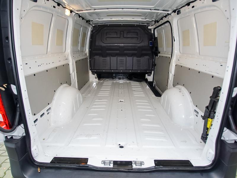 verkauft mercedes vito 111 cdi klima gebraucht 2015 km in weiterstadt. Black Bedroom Furniture Sets. Home Design Ideas