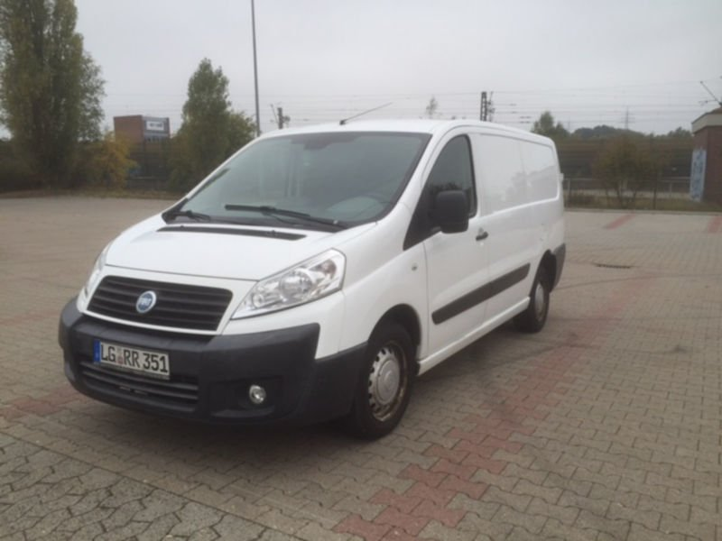 verkauft fiat scudo kombi l2h1 120 mul gebraucht 2007 km in villingen. Black Bedroom Furniture Sets. Home Design Ideas