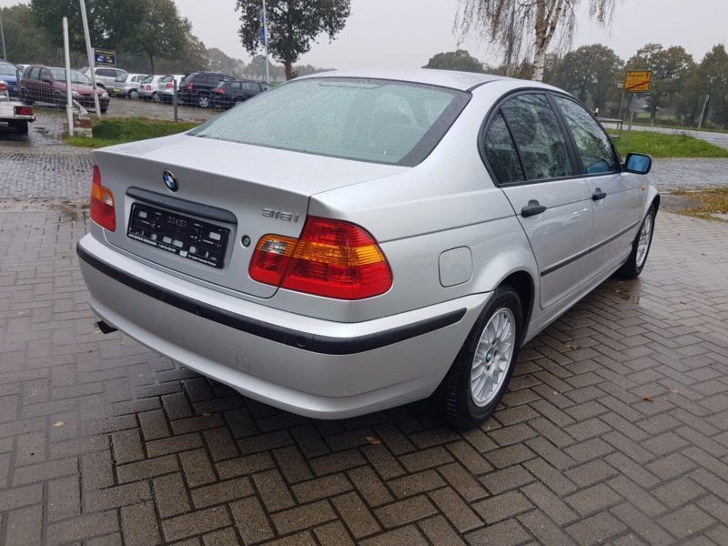 verkauft bmw 316 baureihe 3 lim i gebraucht 2003 km in uplengen. Black Bedroom Furniture Sets. Home Design Ideas