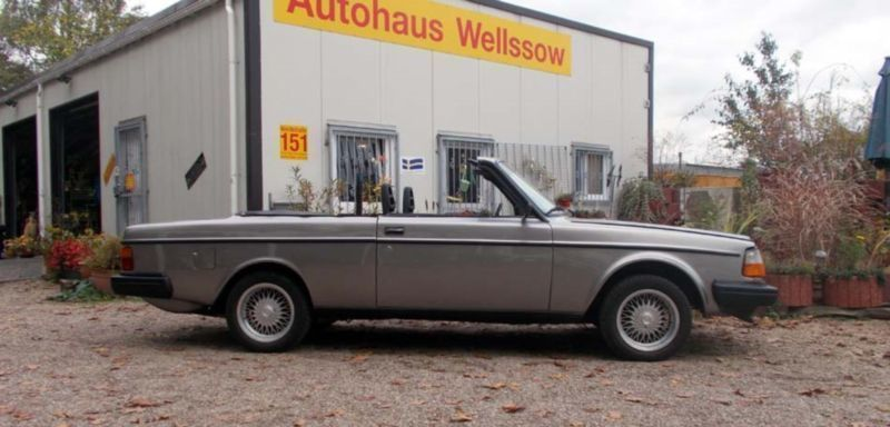 verkauft volvo 240 cabrio deutsche gebraucht 1975. Black Bedroom Furniture Sets. Home Design Ideas