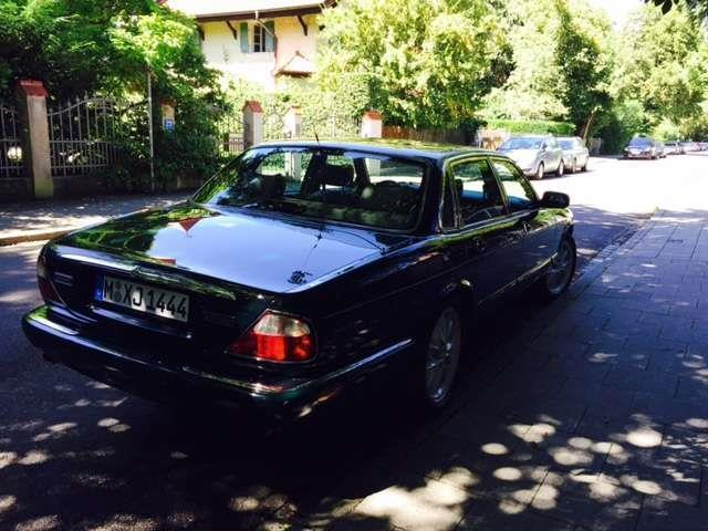 verkauft jaguar xj 4 0 sovereign gebraucht 1997 km in m nchen. Black Bedroom Furniture Sets. Home Design Ideas