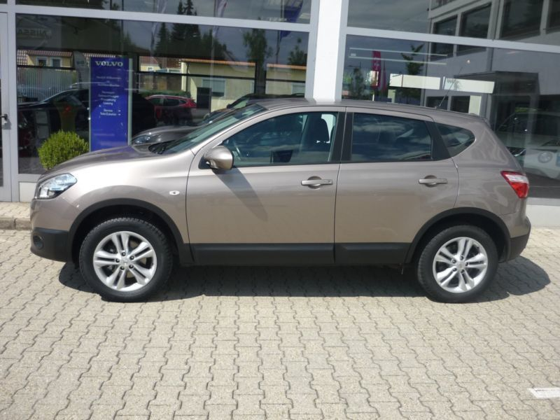 verkauft nissan qashqai 1 6 dci dpf te gebraucht 2011 km in lemgo. Black Bedroom Furniture Sets. Home Design Ideas