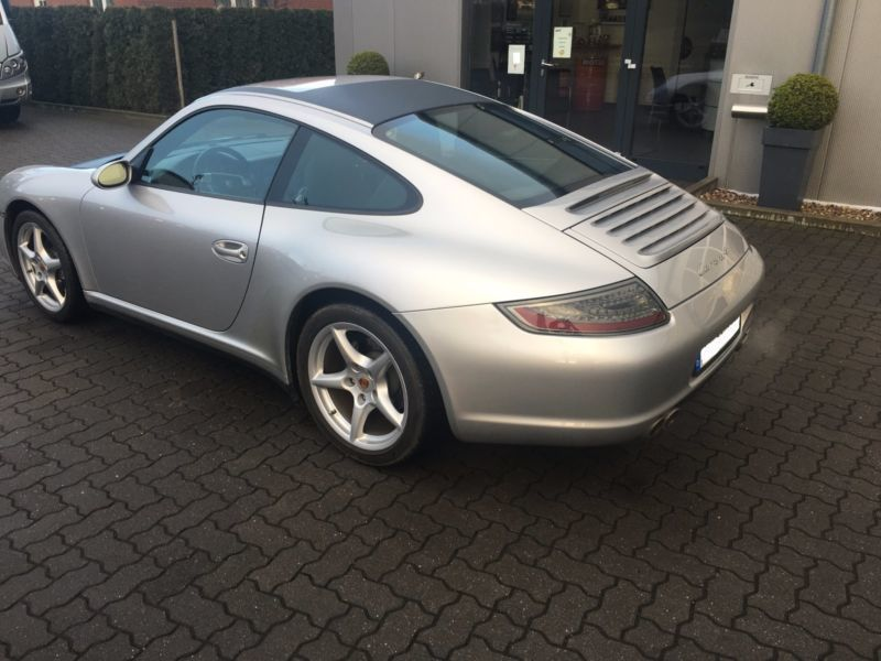 verkauft porsche 997 gebraucht 2006 km in hamburg. Black Bedroom Furniture Sets. Home Design Ideas