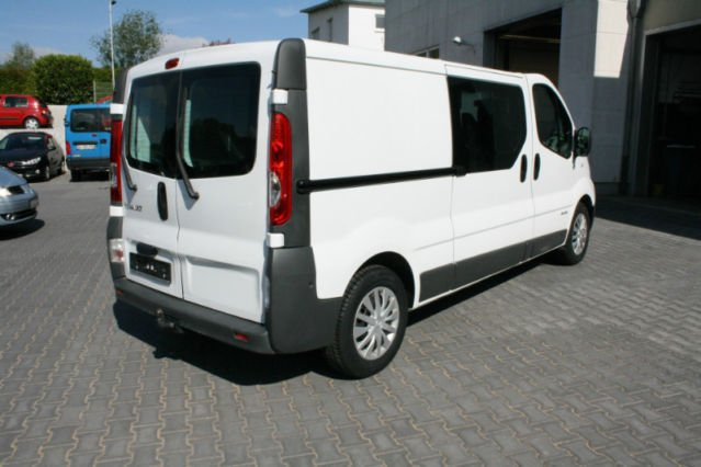 verkauft renault trafic 2 5 dci 150 l2 gebraucht 2011. Black Bedroom Furniture Sets. Home Design Ideas