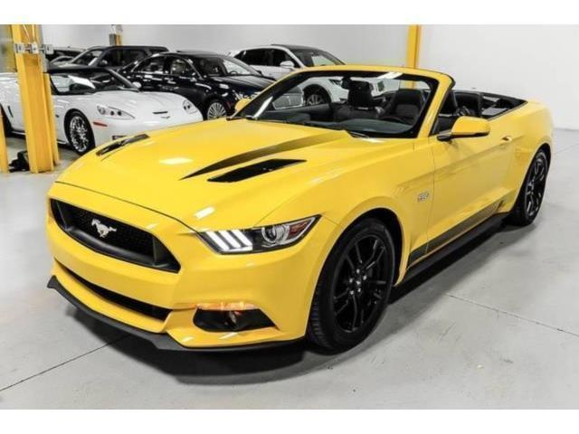 verkauft ford mustang gt cabrio v8 gebraucht 2016. Black Bedroom Furniture Sets. Home Design Ideas