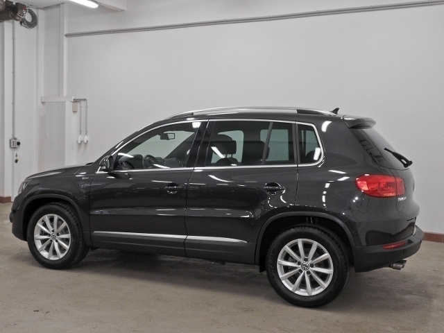 gebraucht 2015 vw tiguan 1 4 benzin 125 ps 47803 krefeld autouncle. Black Bedroom Furniture Sets. Home Design Ideas