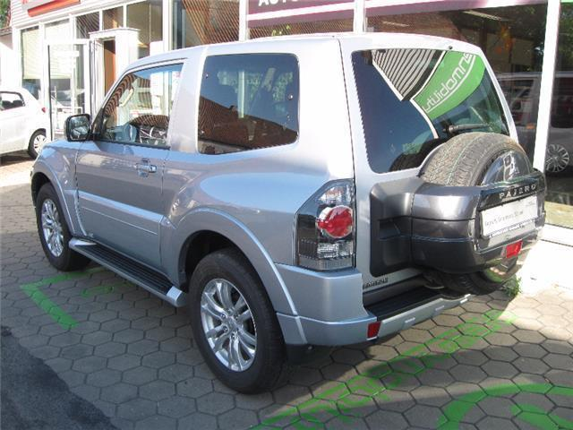 verkauft mitsubishi pajero 3 t rig pl gebraucht 2015 km in schl sselfeld. Black Bedroom Furniture Sets. Home Design Ideas