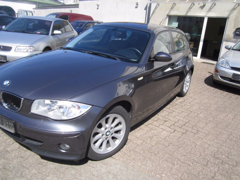 verkauft bmw 116 baureihe 1 lim i gebraucht 2006 km in saarlouis. Black Bedroom Furniture Sets. Home Design Ideas