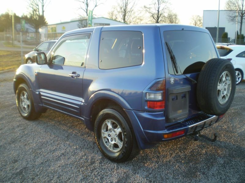 verkauft mitsubishi pajero 3 2 did mon gebraucht 2000 km in bad urach. Black Bedroom Furniture Sets. Home Design Ideas