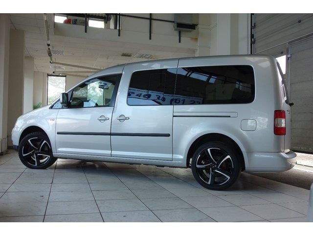 verkauft vw caddy maxi 2 0 tdi life gebraucht 2009 km in berlin. Black Bedroom Furniture Sets. Home Design Ideas