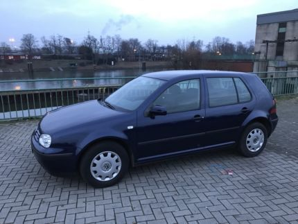 verkauft vw golf iv blau baujahr 199 gebraucht 1999. Black Bedroom Furniture Sets. Home Design Ideas