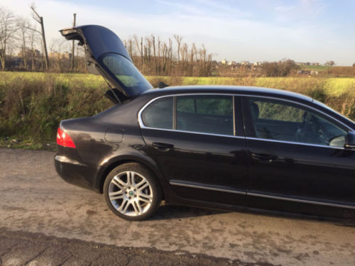 verkauft skoda superb 2 0 tdi dsg eleg gebraucht 2008 km in steele. Black Bedroom Furniture Sets. Home Design Ideas