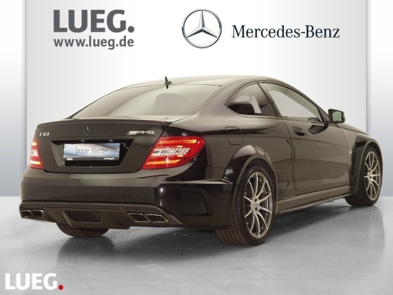 verkauft mercedes c63 amg amg coupe co gebraucht 2013 km in bayern. Black Bedroom Furniture Sets. Home Design Ideas