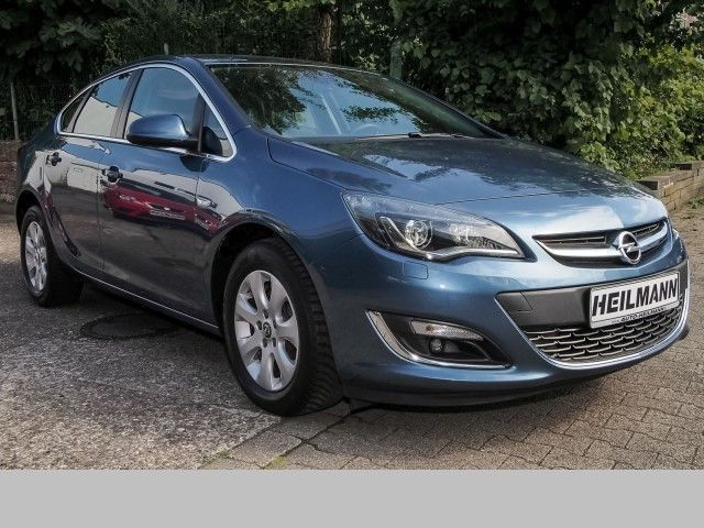 verkauft opel astra exklusiv 1 6 cdti gebraucht 2014 km in gelsenkirchen. Black Bedroom Furniture Sets. Home Design Ideas