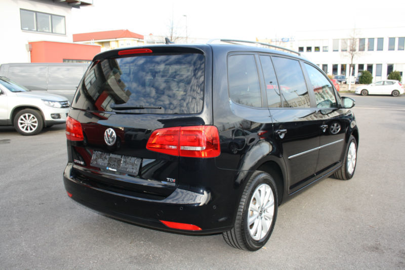 verkauft vw touran 1 6 tdi dpf trendli gebraucht 2014 km in furth. Black Bedroom Furniture Sets. Home Design Ideas