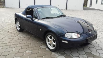 verkauft mazda mx5 cabrio 1 6 mit hard gebraucht 1999. Black Bedroom Furniture Sets. Home Design Ideas