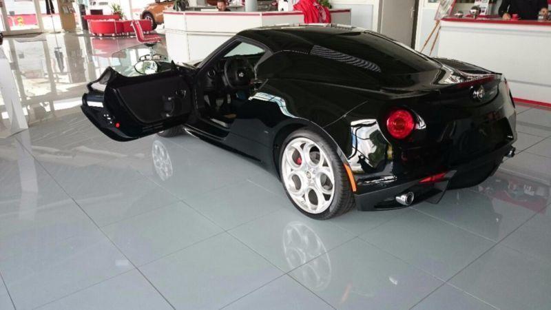 4c gebrauchte alfa romeo 4c kaufen 59 g nstige autos zum verkauf. Black Bedroom Furniture Sets. Home Design Ideas