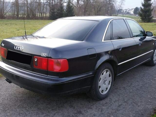 verkauft audi a8 3 7 quattro gebraucht 1996 km in attenhausen. Black Bedroom Furniture Sets. Home Design Ideas