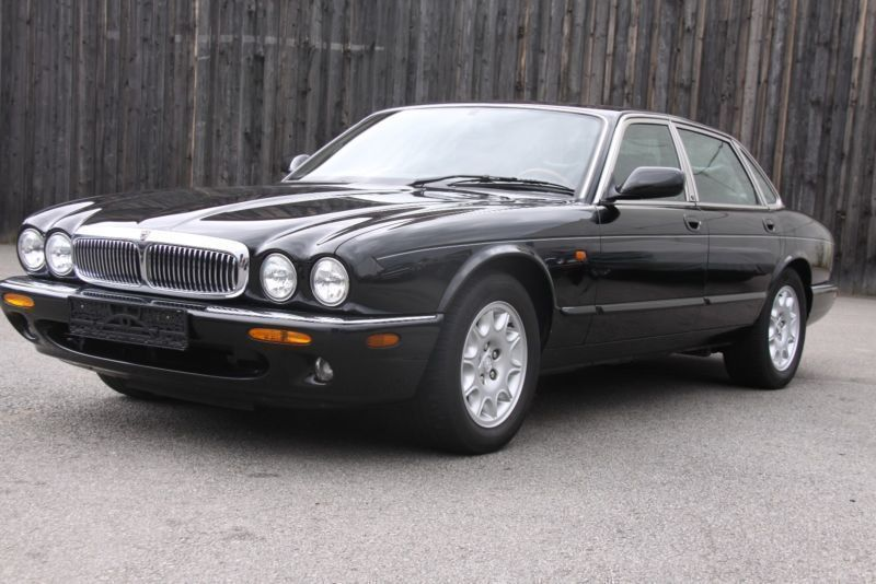 verkauft jaguar xj 4 0 executive auto gebraucht 1998 km in hamm. Black Bedroom Furniture Sets. Home Design Ideas