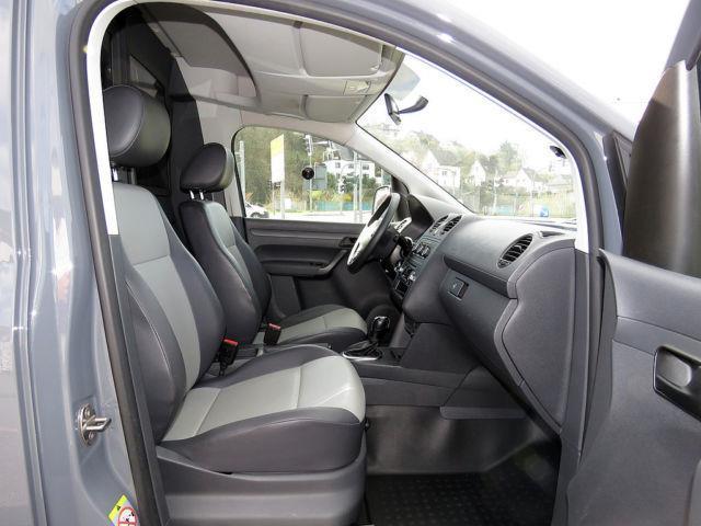 verkauft vw caddy maxi 2 0 tdi dsg 4m gebraucht 2012. Black Bedroom Furniture Sets. Home Design Ideas