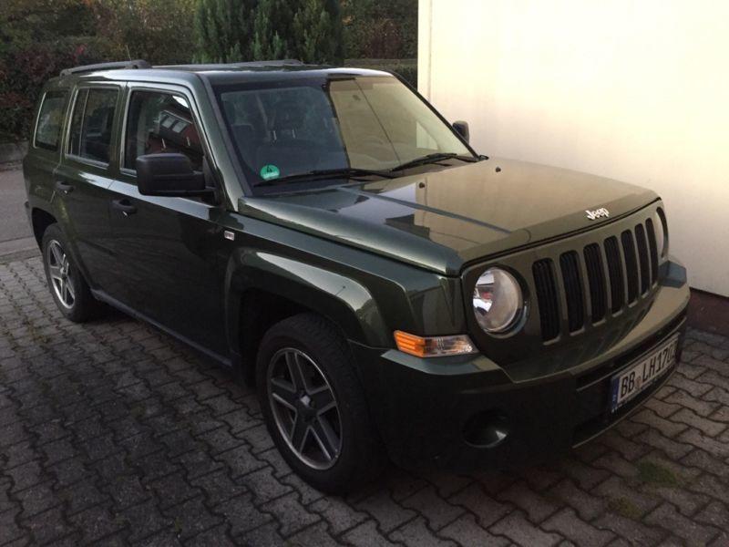 verkauft jeep patriot 2 0 crd dpf sport gebraucht 2010 km in g ufelden. Black Bedroom Furniture Sets. Home Design Ideas